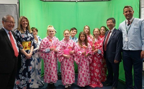 Japanese Ambassador with school visit | Sony UK TEC